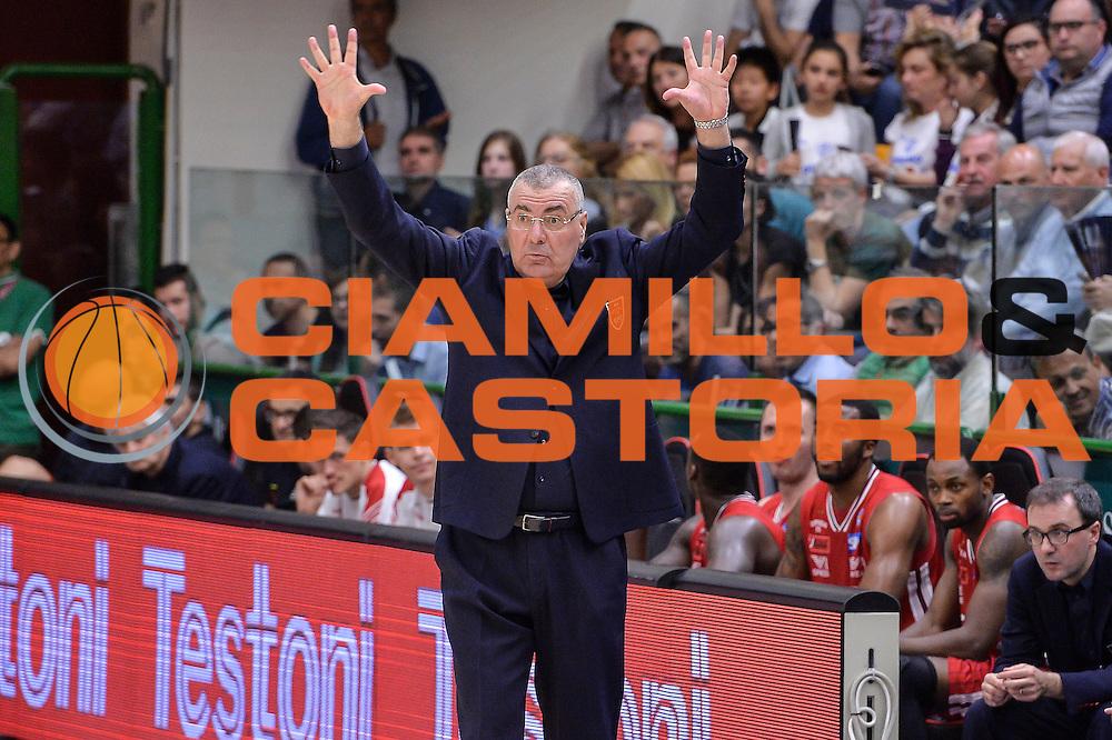 DESCRIZIONE : Beko Legabasket Serie A 2015- 2016 Dinamo Banco di Sardegna Sassari - Olimpia EA7 Emporio Armani Milano<br /> GIOCATORE : Jasmin Repesa<br /> CATEGORIA : Allenatore Coach Mani<br /> SQUADRA : Olimpia EA7 Emporio Armani Milano<br /> EVENTO : Beko Legabasket Serie A 2015-2016<br /> GARA : Dinamo Banco di Sardegna Sassari - Olimpia EA7 Emporio Armani Milano<br /> DATA : 04/05/2016<br /> SPORT : Pallacanestro <br /> AUTORE : Agenzia Ciamillo-Castoria/L.Canu