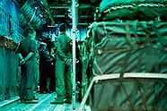 Koning in Hercules tijdens werkbezoek vliegbasis
