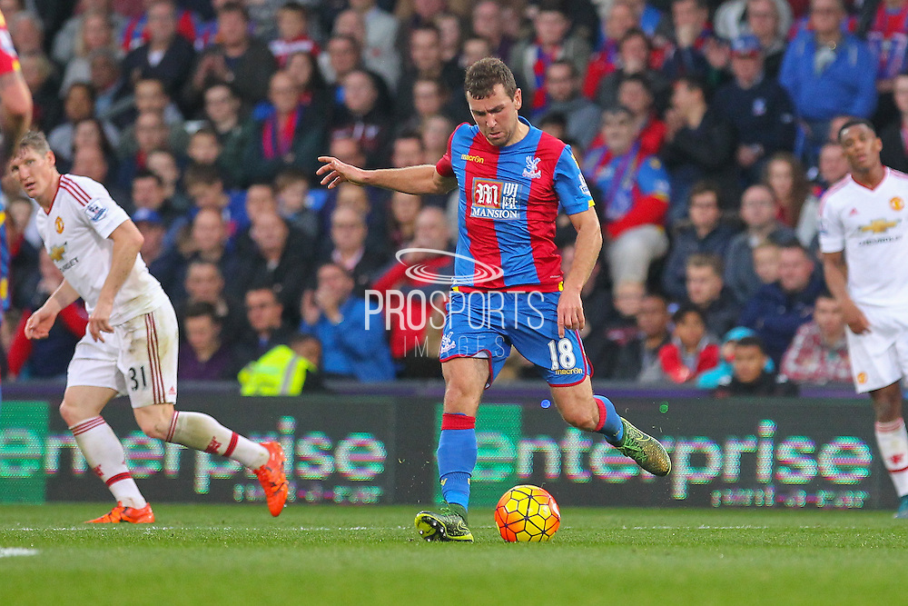 James McArthur (18) of Crystal Palace on the ball during the Barclays Premier League match between Crystal Palace and Manchester United at Selhurst Park, London, England on 31 October 2015. Photo by Phil Duncan.