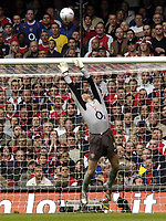 Fotball<br /> England 2004/2005<br /> Foto: SBI/Digitalsport<br /> NORWAY ONLY<br /> <br /> Date: 21/05/2005<br /> <br /> Arsenal v Manchester United FA Cup Final<br /> <br /> Jens Lehmann of Arsenal makes a great save from an effort by Wayne Rooney of United.