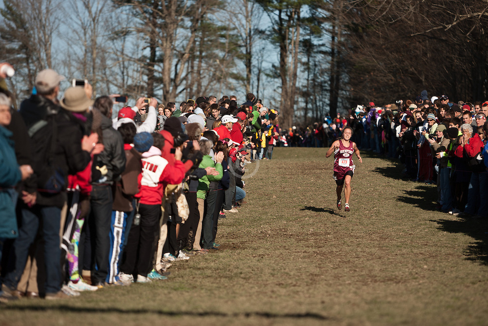 New England High School XC Championship, winner Elle Purrier, Richford, VT, homestretch