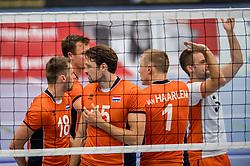 28-08-2016 NED: Nederland - Slowakije, Nieuwegein<br /> Het Nederlands team heeft de oefencampagne tegen Slowakije met een derde overwinning op rij afgesloten. In een uitverkocht Sportcomplex Merwestein won Nederland met 3-0 van Slowakije / Robbert Andringa #18, Thomas Koelewijn #15, Dirk Sparidans #5