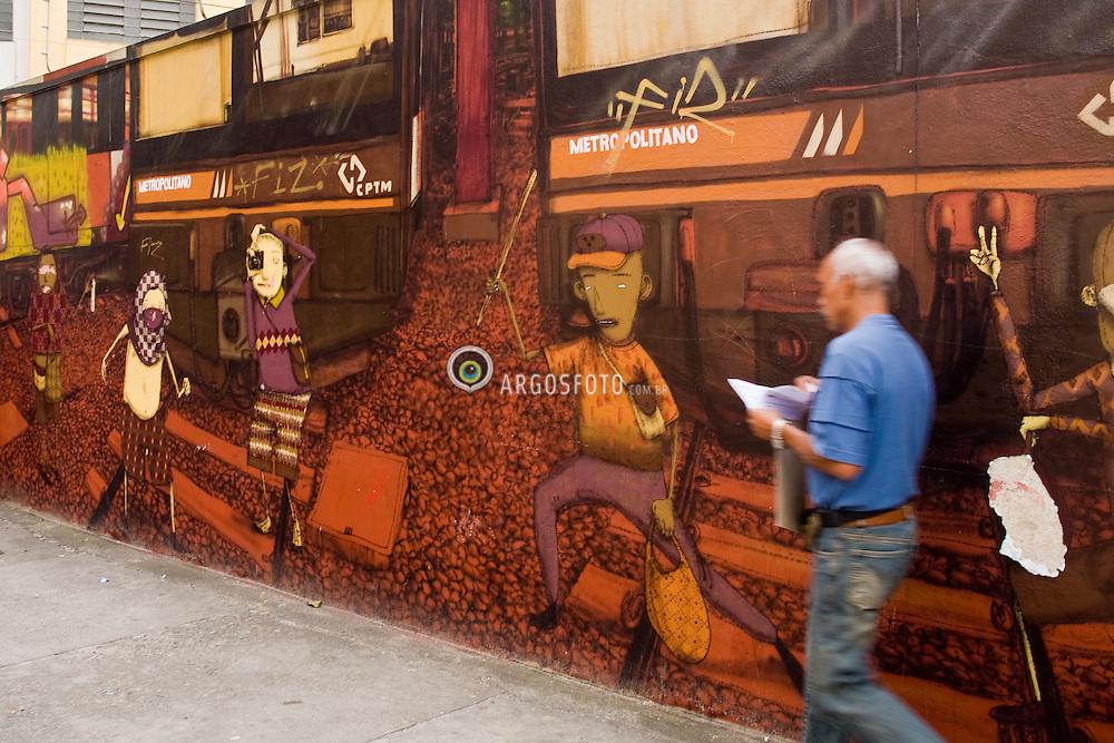 Muro grafitado no bairro do Cambuci em Sao Paulo pelos irmaos Otavio e Gustavo Pandolfo, Os Gemeos, que gradualmente tornaram-se uma das influencias mais importantes na cena paulistana, ajudando a definir um estilo brasileiro de grafite. ./   Graffitoed Walls in Cambuci, Sao Paulo, Brazil. Os Gemeos (Portuguese for The Twins) are graffiti artist identical twin brothers (born 1974) from Sao Paulo, Brazil, whose real names are Otavio and Gustavo Pandolfo. They started painting graffiti in 1987 and gradually became a main influence in the local scene, helping to define Brazil's own style. Os Gemeos have gained international recognition for their pioneering works created on the streets of the neighborhood of Cambuci, where they were born.