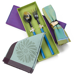 Napkins and salad serving set
