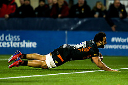 Marco Mama of Worcester Warriors scores a try - Mandatory by-line: Robbie Stephenson/JMP - 17/01/2020 - RUGBY - Sixways Stadium - Worcester, England - Worcester Warriors v Castres Olympique - European Rugby Challenge Cup