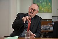 08 MAY 2012, BERLIN/GERMANY:<br /> Prof. Dr. Gert G. Wagner, Vorstandsvorsitzender DIW Berlin, waehrend einem Interview, in seinem Buero, Deutsches Institut für Wirtschaftsforschung e.V. <br /> IMAGE: 20120508-02-018<br /> KEYWORDS: Gerd Wagner