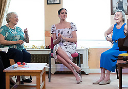 December 18, 2018 - London, United Kingdom - Meghan Markle, The Duchess of Sussex, during a visit to Brinsworth House, the Royal Variety Charity's residential nursing and care home in Twickenham, United Kingdom. (Credit Image: © Pool/i-Images via ZUMA Press)