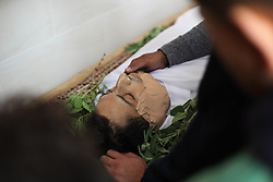 November 10, 2018 - Gaza, Palestine - (EDITORS NOTE: Image depicts death) Funeral of the dead body of Palestinian Rami Vail Kahman, who was killed after Israeli army intervened in a 'Great March of Return' protest at the border, during his funeral ceremony at the Beit Lahiya, Gaza. (Credit Image: © Ramez Habboub/Pacific Press via ZUMA Wire)