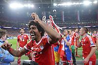 FUSSBALL  CHAMPIONS LEAGUE  SAISON 2012/2013  FINALE  Borussia Dortmund - FC Bayern Muenchen         25.05.2013 Champions League Sieger 2013 FC Bayern Muenchen: Dante (FC Bayern Muenchen) jubelt