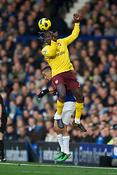 LIVERPOOL, ENGLAND - Sunday, November 14, 2010: Everton's Steven Pienaar and Arsenal's Bacary Sagna during the Premiership match at Goodison Park. (Photo by: David Rawcliffe/Propaganda)