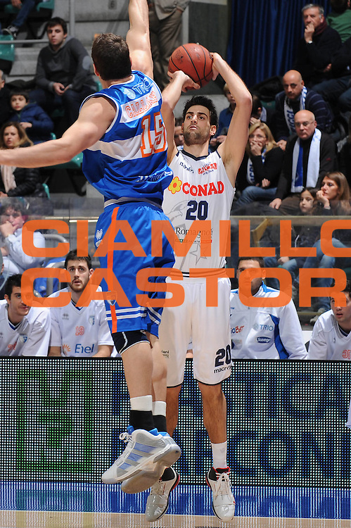 DESCRIZIONE : Bologna Lega Basket A2 2011-12 Conad Bologna Enel Brindisi <br /> GIOCATORE : Matteo Canavesi<br /> CATEGORIA : <br /> SQUADRA : Conad Bologna <br /> EVENTO : Campionato Lega A2 2011-2012<br /> GARA : Conad Bologna Enel Brindisi<br /> DATA : 05/01/2012<br /> SPORT : Pallacanestro<br /> AUTORE : Agenzia Ciamillo-Castoria/M.Marchi<br /> Galleria : Lega Basket A2 2011-2012 <br /> Fotonotizia : Bologna Lega Basket A2 2011-12 Conad Bologna Enel Brindisi<br /> Predefinita :