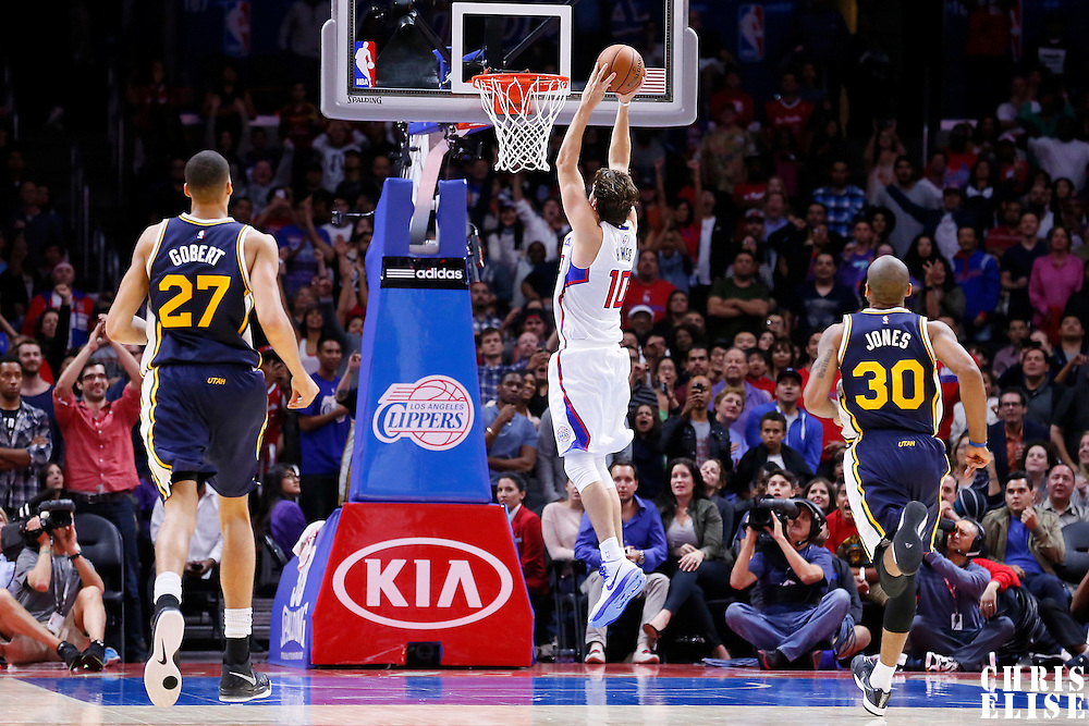17 October 2014: Los Angeles Clippers forward Spencer Hawes (10) goes for the dunk during the Los Angeles Clippers 101-97 victory over the Utah Jazz, in a preseason game, at the Staples Center, Los Angeles, California, USA.