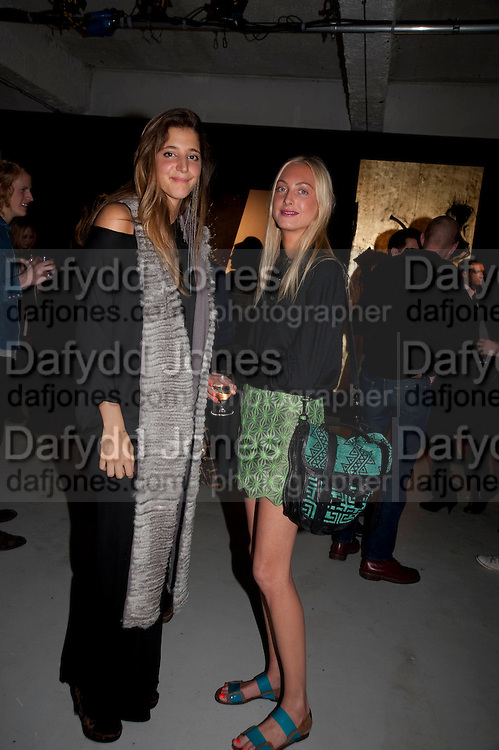 SOFIA DE PAHLEN;  CLARE COURTIN, Richard Hambleton private view.- New York- Godfather of Street art presented by Vladimir Restoin Roitfeld and Andy Valmorbida in collaboration with Giorgio armani. The Old Dairy. London. 18 November 2010. -DO NOT ARCHIVE-© Copyright Photograph by Dafydd Jones. 248 Clapham Rd. London SW9 0PZ. Tel 0207 820 0771. www.dafjones.com.