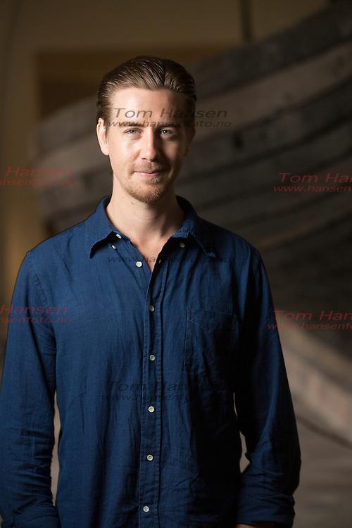 OSLO, 20131002:  Pressekonferanse om den nye norske storfilmen &quot;G&aring;ten Ragnarok&quot;.<br /> P&aring;l Sverre Hagen snakker om filmen i Her og N&aring;. PHOTO by;  TOM HANSEN