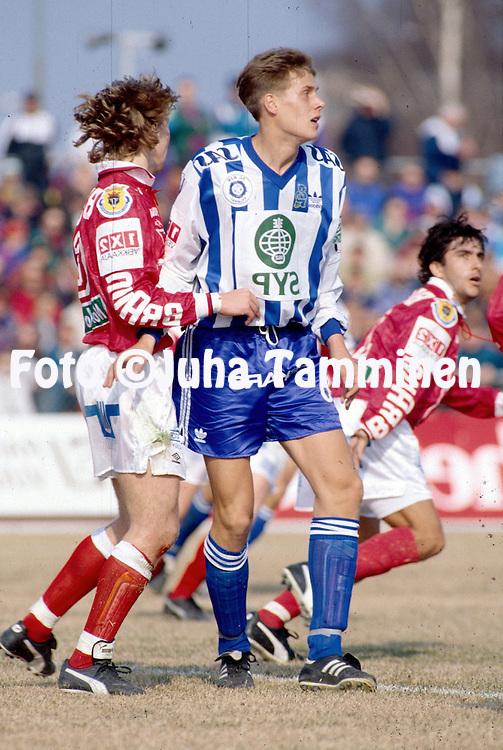 24.04.1994, Pori, Finland..Veikkausliiga / Finnish League, FC Jazz v HJK Helsinki..Mika Kottila - HJK.©Juha Tamminen