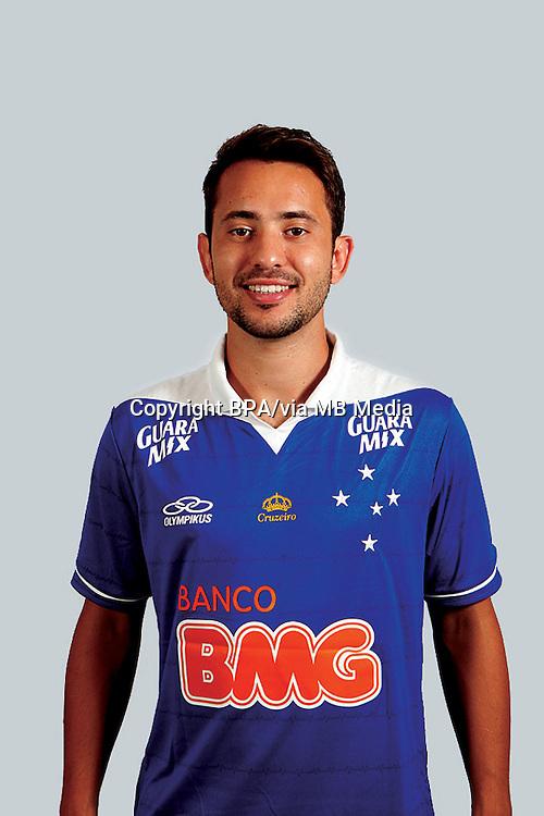 Éverton Augusto de Barros Ribeiro ( Cruzeiro Esporte Clube )
