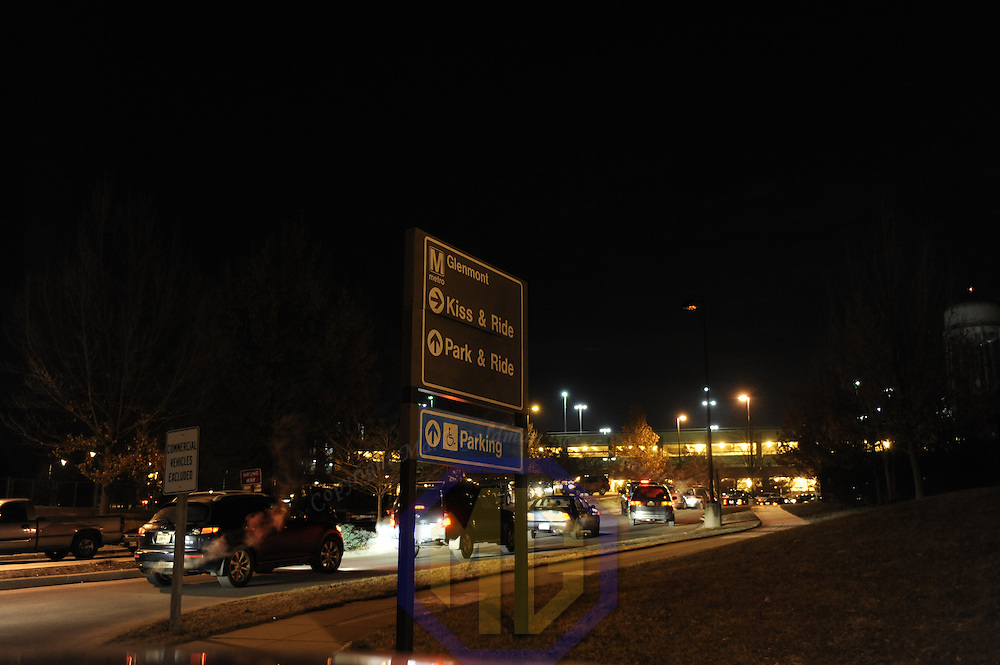 Cars line up at the Washington Metro station at 3:38AM  to park at the subway station for the inauguration of Barack Obama as he is sworn in as the 44th President of the United States of America on Capitol Hill in Washington on January 20, 2009.    (Mark Goldman/ Goldmine Photos)