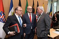 16 MAR 2017, BERLIN/GERMANY:<br /> Reiner Haseloff (L), CDU, Ministerpraesident Sachsen-Anhalt, und Erwin Sellering (M), SPD, Ministerpraesident Mecklenburg-Vorpommern, und Volker Bouvier (R), CDU, Ministerpraesident Hessen, im Gespraech, vor Beginn einer Sitzung der Ministerpraesidentenkonferenz, Bundesrat<br /> IMAGE: 20170316-01-009<br /> KEYWORDS: Ministerpr&auml;sidentenkonferenz, MPK, Gespr&auml;ch