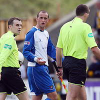Livingston v St Johnstone....06.10.07<br /> Paul Sheerin quizzes the ref Alan Boyd at full tim as to why the penalty was disallowed<br /> Picture by Graeme Hart.<br /> Copyright Perthshire Picture Agency<br /> Tel: 01738 623350  Mobile: 07990 594431