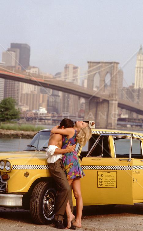 romantic couple in New York City