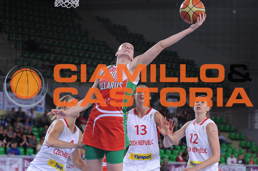 DESCRIZIONE : Bydgoszcz Poland Polonia Eurobasket Women 2011 Round 1 Repubblica Ceca Bielorussia Czech Republic Belarus<br /> GIOCATORE : anastasiya verameyenka<br /> SQUADRA : Bielorussia Belarus<br /> EVENTO : Eurobasket Women 2011 Campionati Europei Donne 2011<br /> GARA : Repubblica Ceca Bielorussia Czech Republic Belarus<br /> DATA : 20/06/2011 <br /> CATEGORIA : <br /> SPORT : Pallacanestro <br /> AUTORE : Agenzia Ciamillo-Castoria/M.Marchi<br /> Galleria : Eurobasket Women 2011<br /> Fotonotizia : Bydgoszcz Poland Polonia Eurobasket Women 2011 Round 1 Slovacchia Turchia Slovak Republic Turkey<br /> Predefinita :