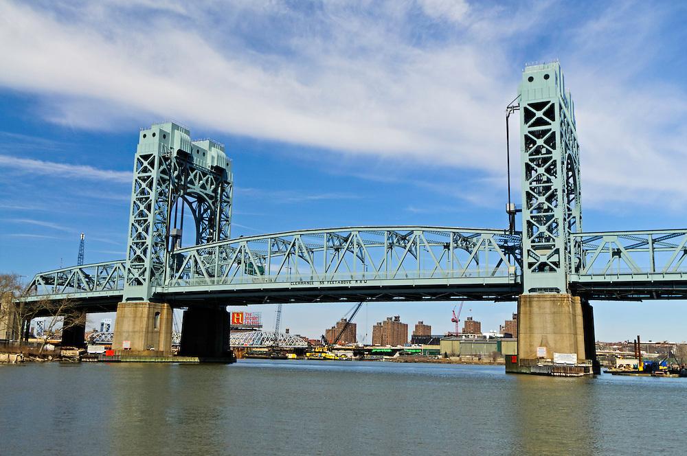 Robert F. Kennedy (RFK) Bridge, Harlem River Lift Span, between  Manhattan and the Bronx, New York City, New York, USA