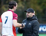 BILTHOVEN - coach Pasha Gademan (Almere) met Patrick Houben (Almere) tijdens de competitiewedstrijd heren,  SCHC-Almere (3-2) . COPYRIGHT KOEN SUYK