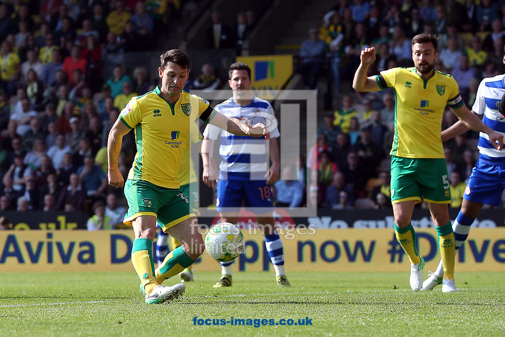 Wes Hoolahan of Norwich scores his sides 2nd goal during the Sky Bet Championship match at Carrow Road, Norwich<br /> Picture by Paul Chesterton/Focus Images Ltd +44 7904 640267<br /> 08/04/2017