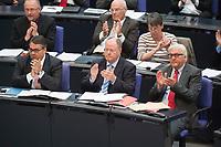 27 JUN 2013, BERLIN/GERMANY:<br /> Sigmar Gabriel (L), SPD Parteivorsitzender, Peer Steinbrueck (M), MdB, SPD Kanzlerkandidat, und Frank-Walter Steinmeier (R), SPD Fraktionsvorsitzender, waehrend der Bundestagsdebatte zur Regierungserklaeung der Bundeskanzlerin zum EU-Gipfel und Europaeischen Rat, Plenum, Deutscher Bundestag<br /> IMAGE: 20130627-01-035<br /> KEYWORDS: debatte, Sitzung, Peer Steinbrück, Applaus, applaudieren, klatschen