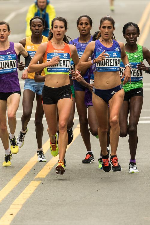 lead pack elite women near mile 12 in Williamsburg