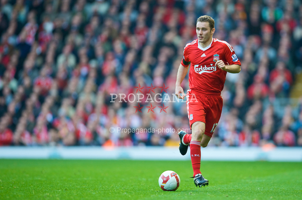 LIVERPOOL, ENGLAND - Sunday, March 22, 2009: Liverpool's Fabio Aurelio in action against Aston Villa during the Premiership match at Anfield. (Photo by David Rawcliffe/Propaganda)
