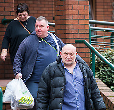 2018-04-04 - SWNS - Family of murder-charged Billy Boy Botton at Wimbledon Magistrates Court
