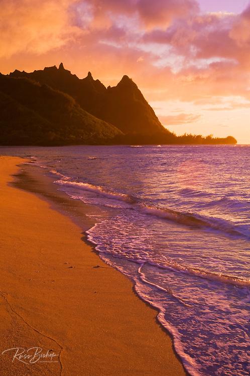 Evening light on Na Pali Coast spires from Tunnels Beach, Island of Kauai, Hawaii