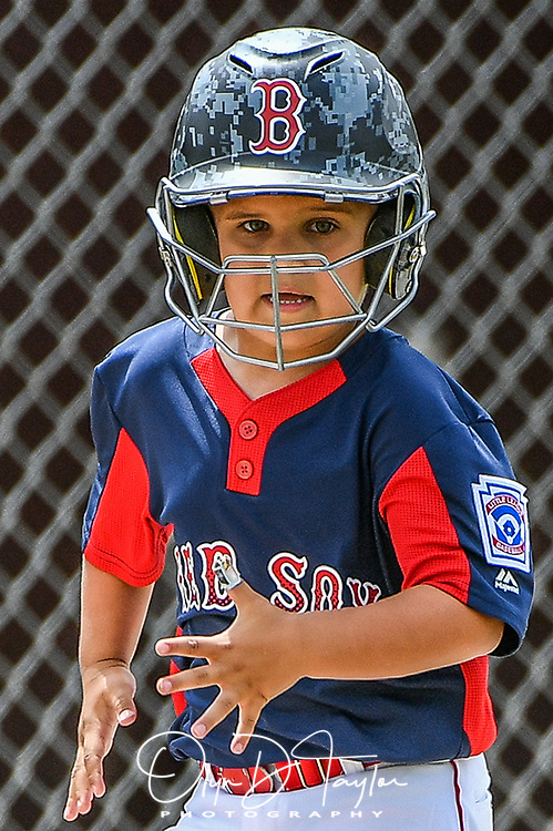 Pearland T-Ball Red Sox Brady Ferraro runs home to score a run in the 3rd inning in the Red Sox victory over the Yankees 6-2 on August 12, 2017. (Photo/Olyn D. Taylor)