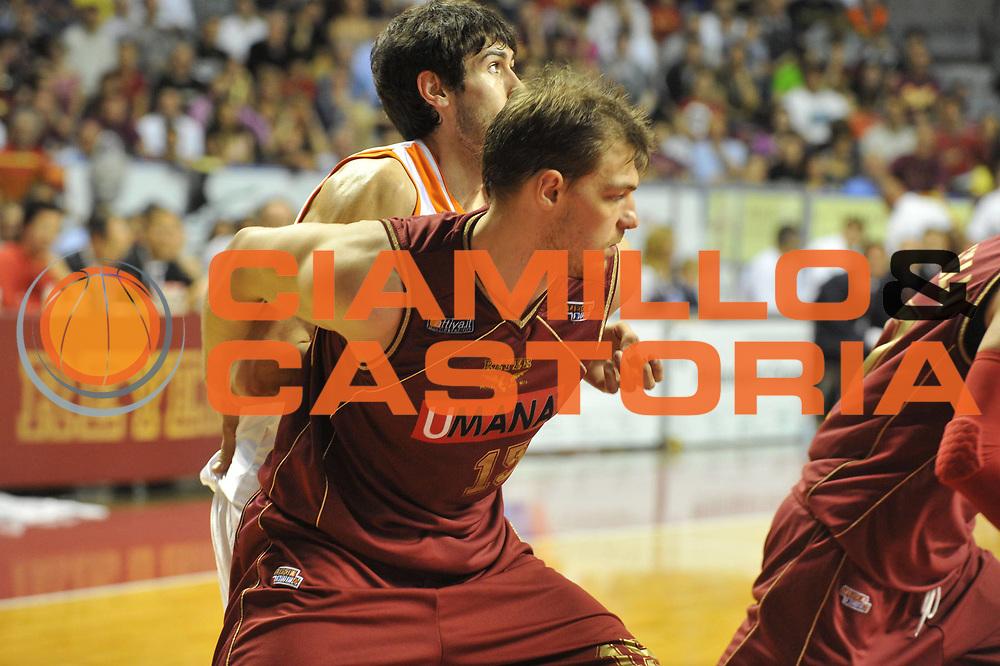 DESCRIZIONE : Venezia Lega Basket A2 2010-11 Playoff Quarti di Finale Gara 2 Umana Reyer Venezia Snaidero Udine<br /> GIOCATORE : Luca Lechthaler<br /> SQUADRA : Umana Reyer Venezia Snaidero Udine<br /> EVENTO : Campionato Lega A2 2010-2011<br /> GARA : Umana Reyer Venezia Snaidero Udine<br /> DATA : 15/05/2011<br /> CATEGORIA : Tagliafuori<br /> SPORT : Pallacanestro <br /> AUTORE : Agenzia Ciamillo-Castoria/M.Gregolin<br /> Galleria : Lega Basket A2 2010-2011 <br /> Fotonotizia : Venezia Lega Basket A2 2010-11 Playoff Quarti di Finale Gara 2 Umana Reyer Venezia Snaidero Udine<br /> Predefinita :