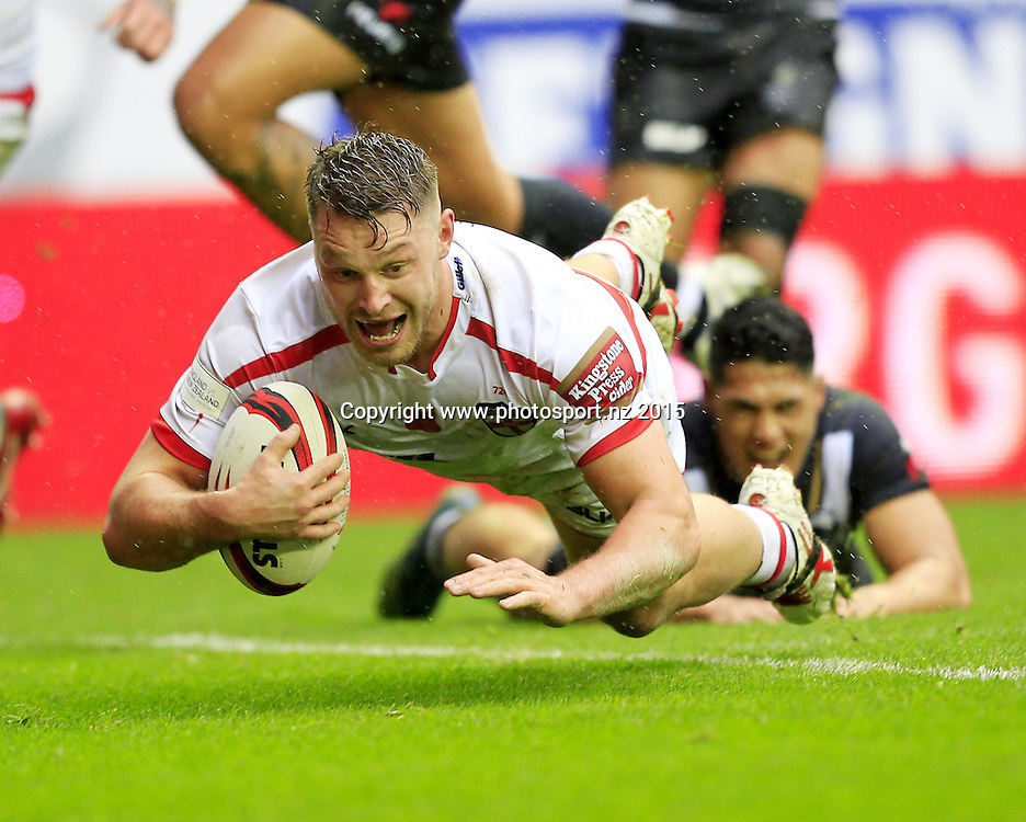 Rugby League - Autumn International -  England v New Zealand - DW Stadium Wigan, England  - 14/11/15 <br /> England's  Elliott Whitehead scores englands First Try<br /> Copyright photo: Chris Mangnall / www.photosport.nz