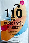 Koning Willem-Alexander en koningin Maxima wonen in de Dr. Anton Philipszaal het jubileumconcert bij van het Residentie Orkest dat dit jaar haar 110-jarig bestaan viert. <br /> <br /> King Willem-Alexander and Maxima queen living in the Dr. Anton Philips Hall jubilee concert at the Hague Philharmonic celebrating its 110th anniversary this year.<br /> <br /> Op de foto / On the photo: