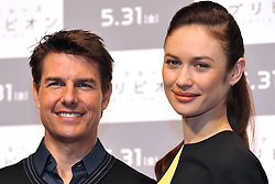 59613076.Tom Cruise and Olga Kurylenko at the Press conference to Oblivion in Hotel Ritz Carlton Tokyo, Japan, May 7, 2013. Photo by:  imago / i-Images.UK ONLY