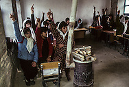 Afghanistan. girl school in   Balkh  Afghanistan  / ecole de fille a Balkh  Balkh  Afghanistan   /     L0007449  /  R00021  /  P111241