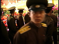 NR000100/The army in the exposition the flowers of Kimilsungia and kimjongilia, avril 2000