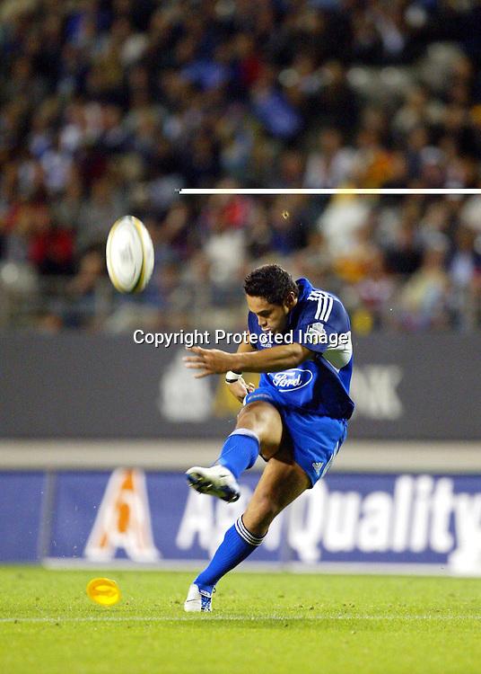 5 March, 2004. Eden Park, Auckland, New Zealand. Rugby Union Super 12. Blues v Chiefs.<br />Ben Atiga.<br />Pic: Andrew Cornaga/Photosport