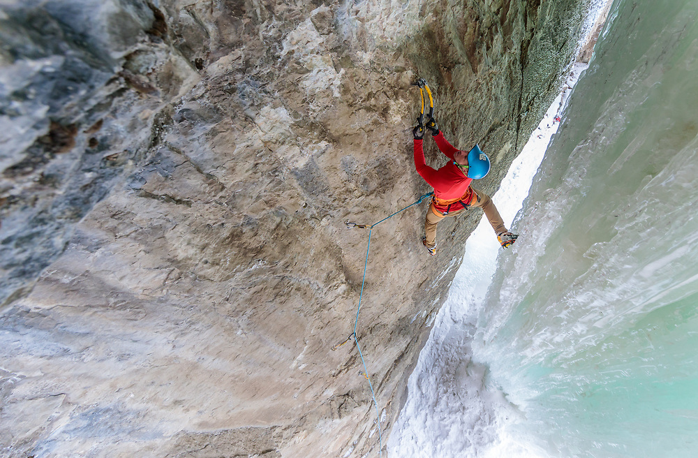 Aaron Mulkey climbing Superfly, M8 behind Ramshorn in Pilot Creek, Wyoming