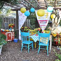 Retro garden party