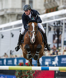 22.09.2013, Rathausplatz, Wien, AUT, Global Champions Tour, LGT Vienna Masters, Springreiten (1.50 / 1.55 m) 2. Durchgang, im Bild Ben Maher (GBR) auf Urico // during LGT Vienna Masters 2013 of Global Champions Tour, International Jumping Competition (1.50 / 1.55 m) Second Round at Rathausplatz in Vienna, Austria on 2013/09/22. EXPA Pictures © 2013 PhotoCredit: EXPA/ Michael Gruber