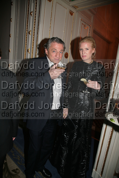 Carlos Almada and Fiona Scarry, The Essential Party Guide Evening of Golden Glamour. The Ballroom, Mandarin oriental, Hyde Park. 27 March 2007. -DO NOT ARCHIVE-© Copyright Photograph by Dafydd Jones. 248 Clapham Rd. London SW9 0PZ. Tel 0207 820 0771. www.dafjones.com.