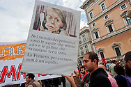 """Roma, 27 Ottobre 2012: .No Monti Day, manifestazione nazionale contro le politiche del  governo Monti..Un cartello contro il ministro Elsa Fornero..""""No Monti Day"""" protest in Rome against the austerity cuts of the Italian government.."""