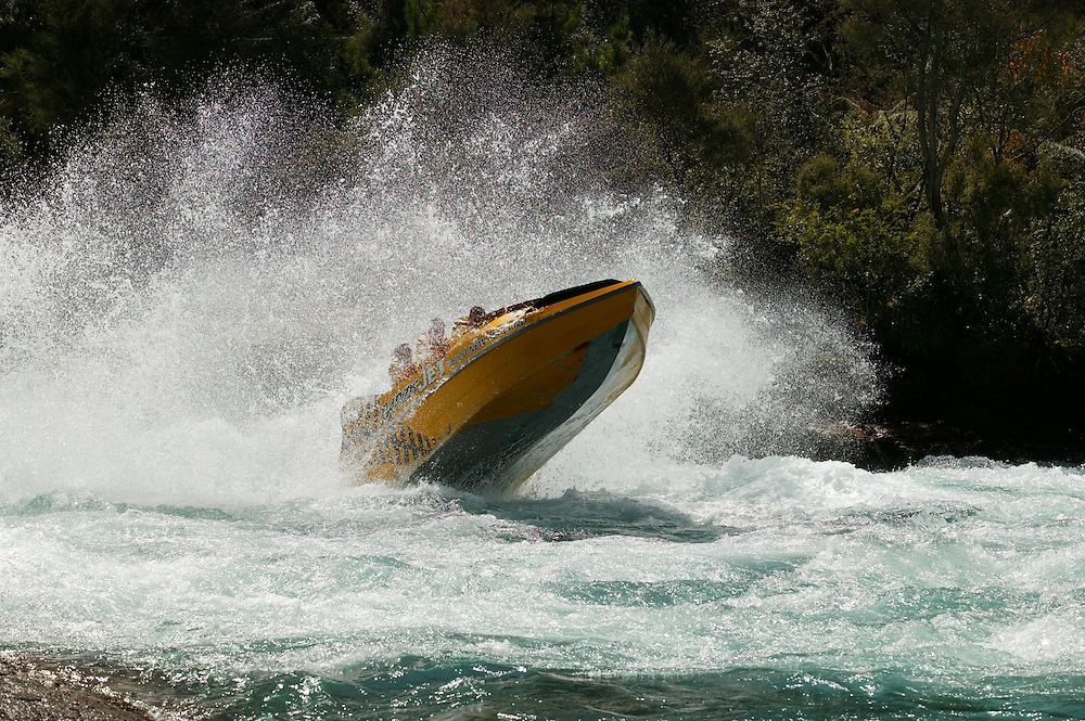 A tourist jet boat ride, Rapids Jet, flies through rapids downstream from Taupo on the Waikato River, New Zealand, October 25, 2004. Credit:SNPA / Rob Tucker