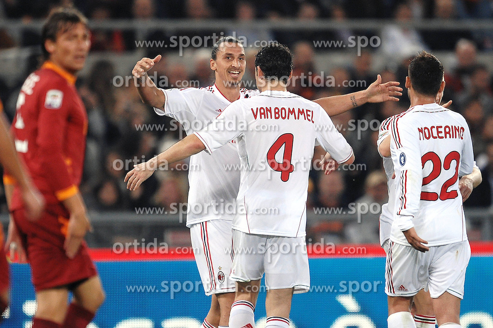 29.10.2011, Olympia Stadion, Rom, ITA, Serie A, AS Rom vs AC Mailand, im Bild sultanza di Zlatan IBRAHIMOVIC  Milan dopo il secondo gol // durin the Serie A match between AS Rom vs AC Mailand, at the Olympic Stadium, Rome, Italy on 29/10/2011. EXPA Pictures © 2011, PhotoCredit: EXPA/ InsideFoto/ Andrea Staccioli +++++ ATTENTION - FOR AUSTRIA/(AUT), SLOVENIA/(SLO), SERBIA/(SRB), CROATIA/(CRO), SWISS/(SUI) and SWEDEN/(SWE) CLIENT ONLY +++++