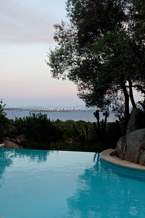 hotel marina di Cavu , in Calalonga near Bonifacio, Corsica south  /  hotel marina di cavu a Cala longa  pres de Bonifacio, Corse du sud