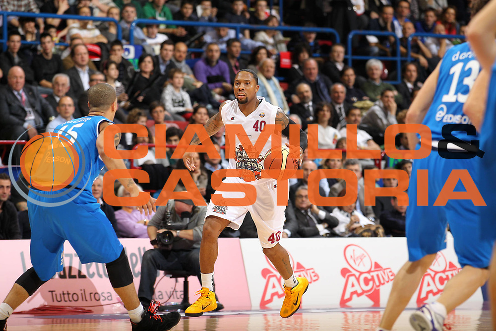 DESCRIZIONE : Milano Agos Ducato All Star Game 2011<br /> GIOCATORE : Earl Jerrod Rowland<br /> SQUADRA : All Star Team<br /> EVENTO : All Star Game 2011<br /> GARA : Italia All Star Team<br /> DATA : 13/03/2011<br /> CATEGORIA : palleggio<br /> SPORT : Pallacanestro<br /> AUTORE : Agenzia Ciamillo-Castoria/G.Cottini<br /> Galleria : FIP Nazionali 2011<br /> Fotonotizia :  Milano Agos Ducato All Star Game 2011<br /> Predefinita :